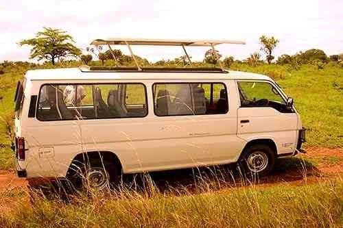Minibus -Meilleure voiture meilleur véhicule en safari au Kenya